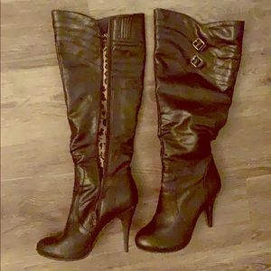 Bakers heeled boots.